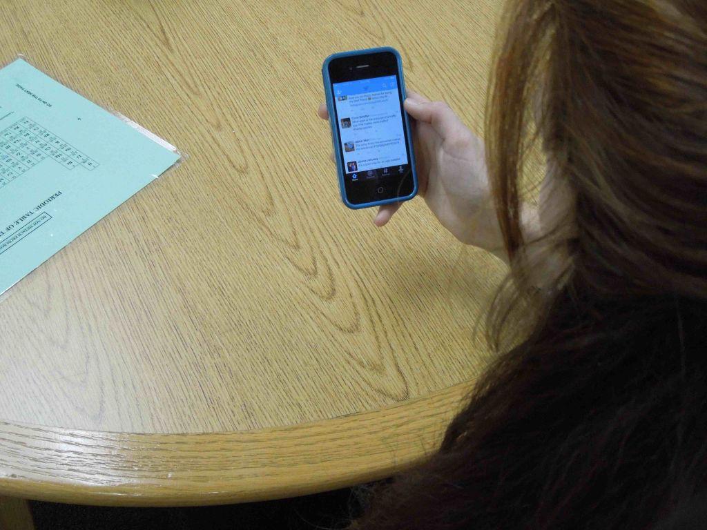 Twitter Challenges Facebook as Social Media Powerhouse
