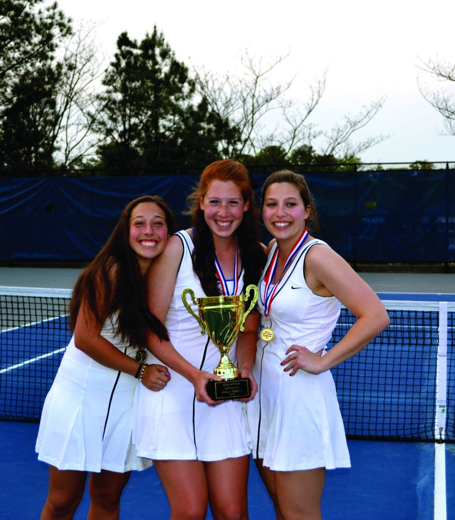Tennis Teams Aiming for State Championships