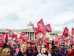 Fans in London show their support for the Falcons at the Fan Fest in Trafalgar Square Photo: Josh Blank