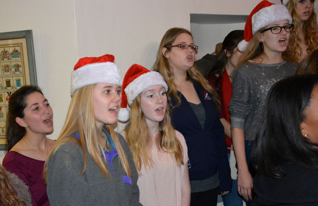 Pace Students, Teachers Share Favorite Holiday Songs