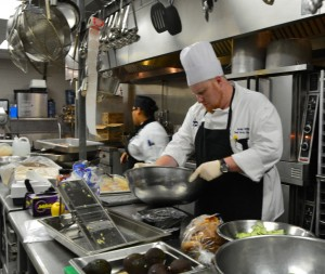 Chef Mifflin prepares lunch for Pace student body and faculty. Photo: Alyse Greenbaum