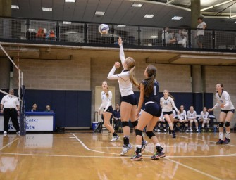 Varsity Volleyball Aims to Spike Their Way Back to the Top