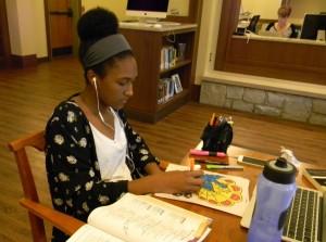 Junior McKenzie Baker colors during a study break. Photo: Alyse Greenbaum