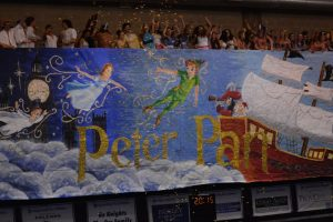 The class of 2015 unveils their senior banner during Spirit Week 2015. Photo: Fred Assaf